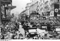 1938. Anexarea Austriei la Germania de catre nazisti. Marcella paraseste Viena